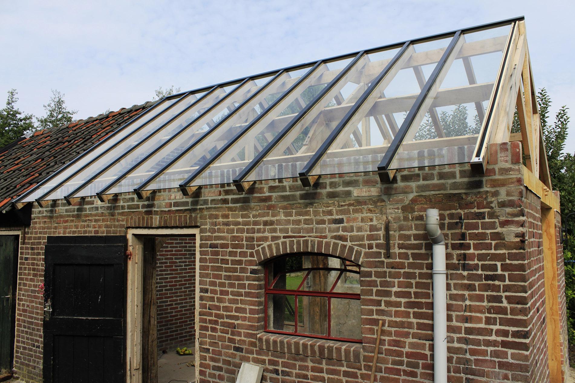 Glasbedrijf Smits - Glazen dak op boerderij Lieshout